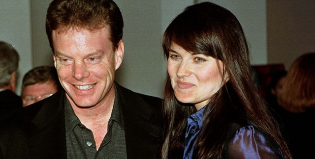 lucy lawless y rob tapert
