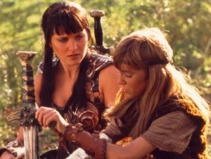 Xena-Warrior-Princess-SCREEN-USED-METAL-BORIAS-SOLAN-SWORD-WITH-IXION-STONE-ON-IT-FROM-XENA-3